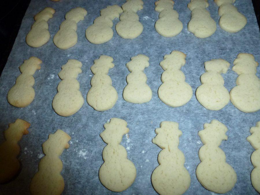 santas on baking sheet