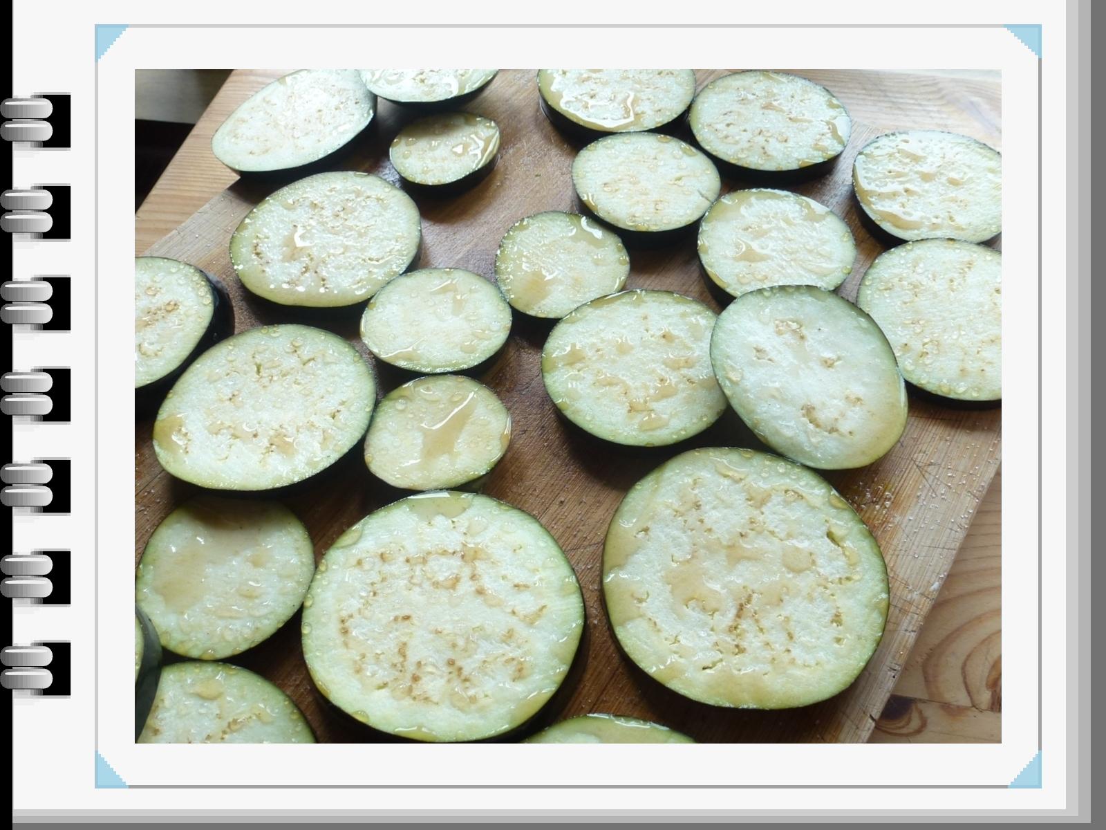 tagliare la sudorazione delle melanzane