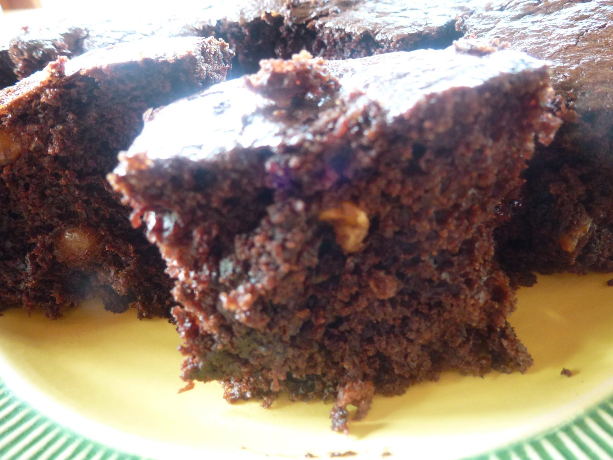 gâteau au chocolat sans sucre végétarien en poudre