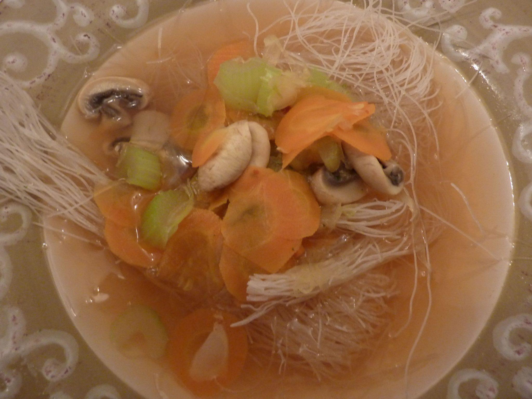Style Asiatique Soupe De Légumes