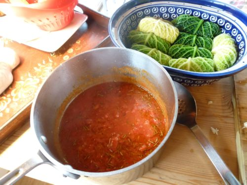 Tomato sauce for cabbage rolls