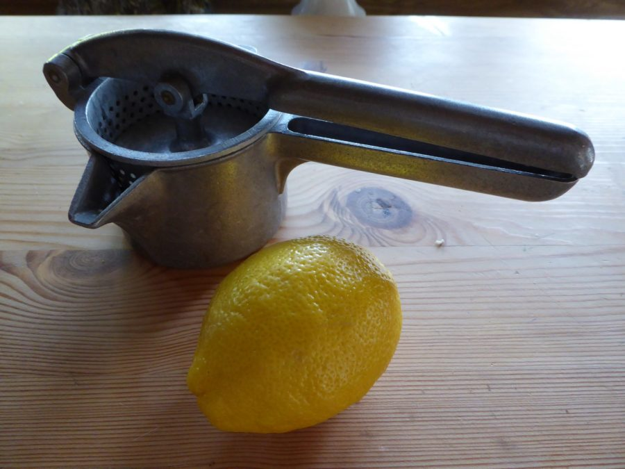 lemon and lemonpress