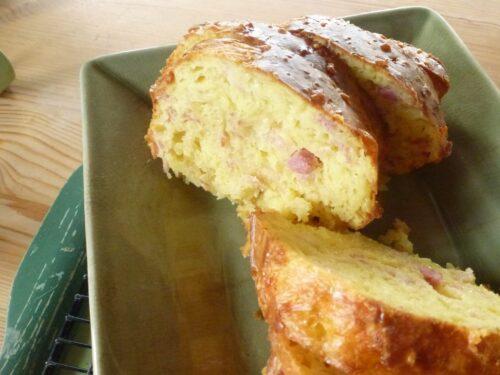 Savory Bacon Gruyère bread