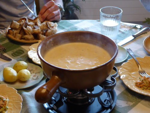 ready to dip, vegan fondue