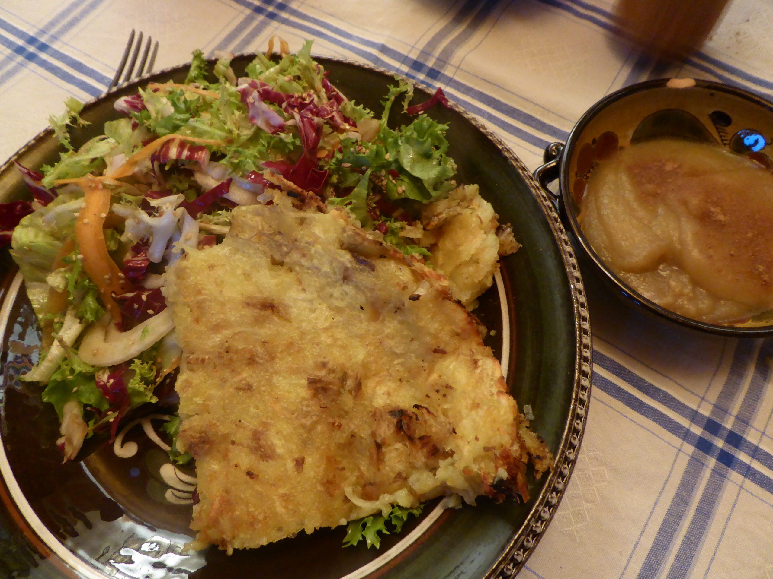 Rosti servito con una bella insalata invernale