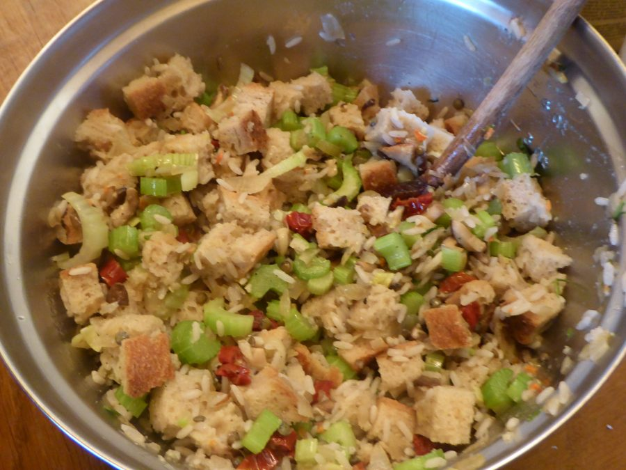 vegan stuffing all mixed up