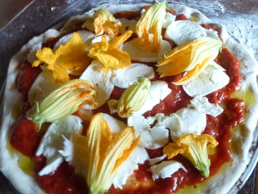 Zucchini flower pizza