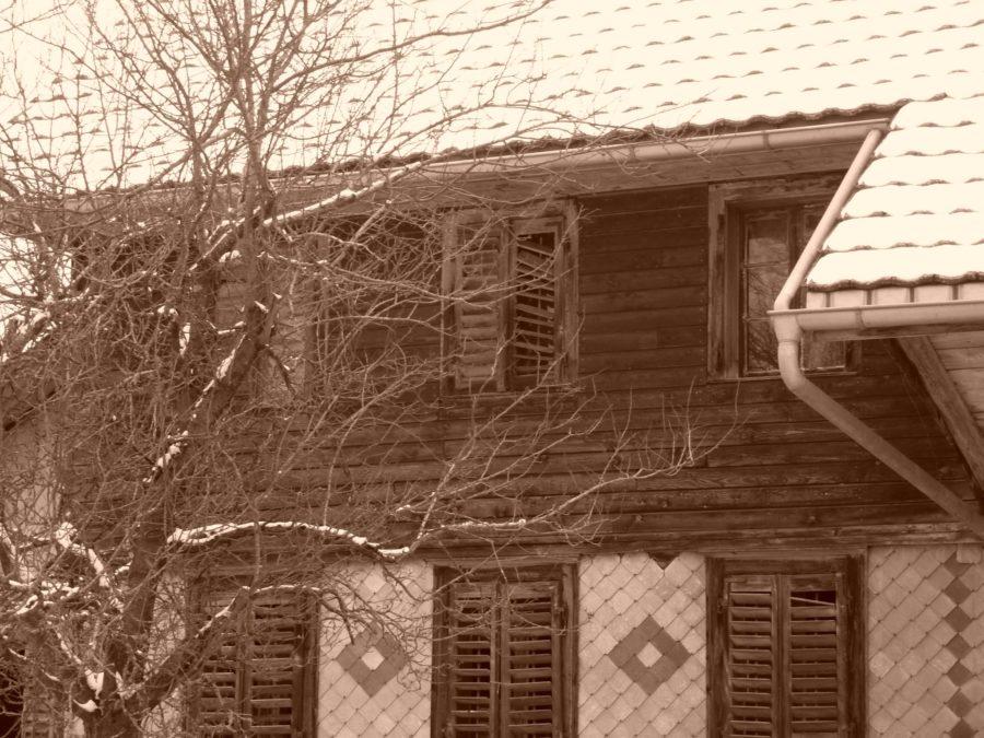 old, farmer house